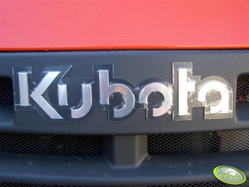 Kubota ME8200-Znaczek