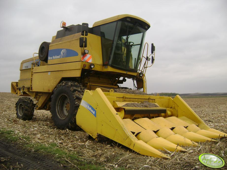 New Holland Tc56