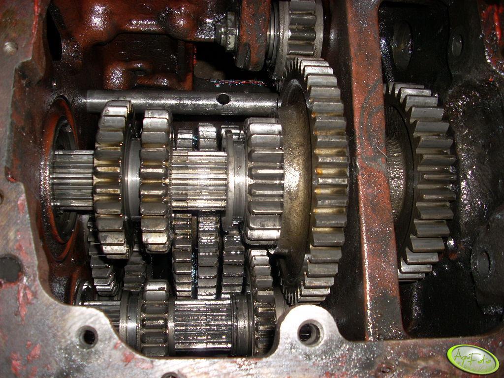 Mtz 82 - Skrzynia biegów
