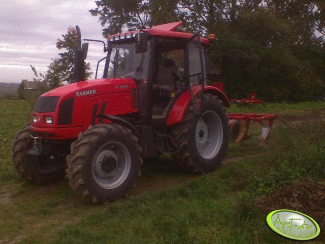Farmer 8244 + pług 4