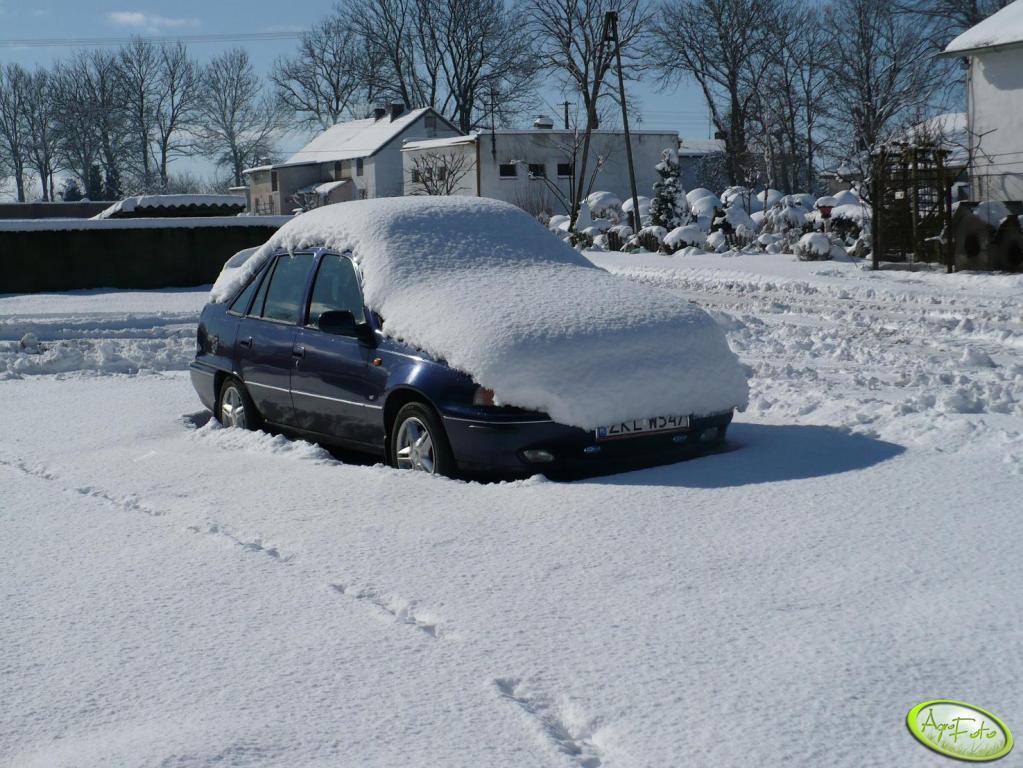 Podwórko-Zima