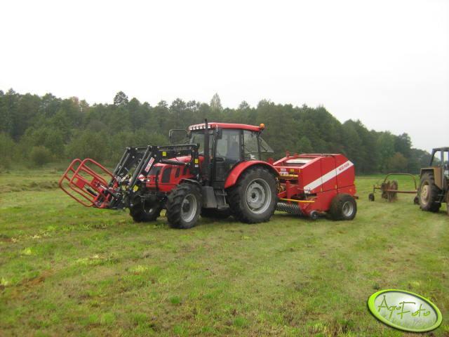 Farmer 8258 i prasa