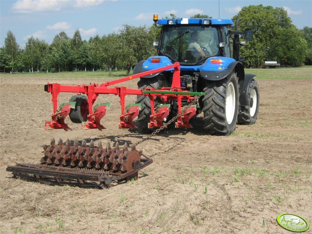 New Holland TS 115A + UNIA TUR 120B 35 4+1 & wał