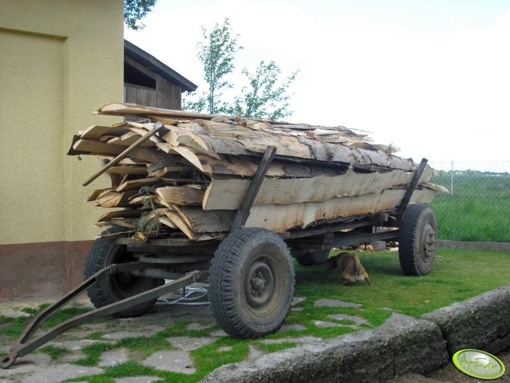Wóz z okrajkami