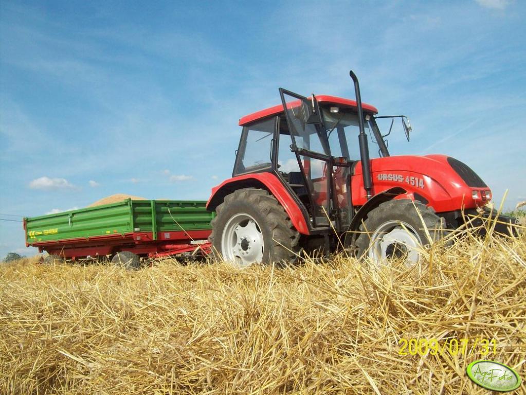 Ursus 4514 Agro Bis + Pronar T-653