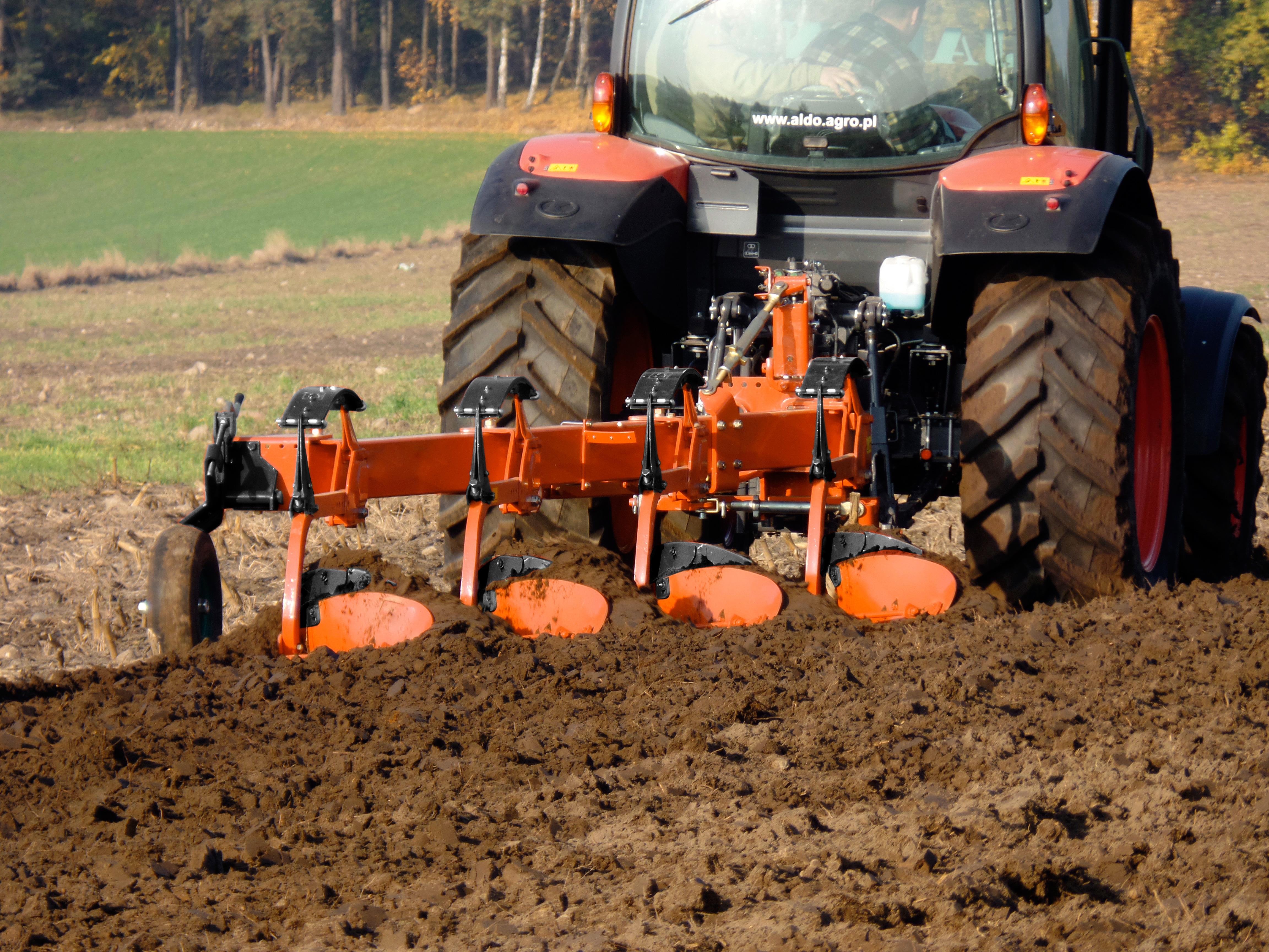 Wspólne Kubota – seria maszyn uprawowych już na targach AGROTECH Kielce  #OR-49