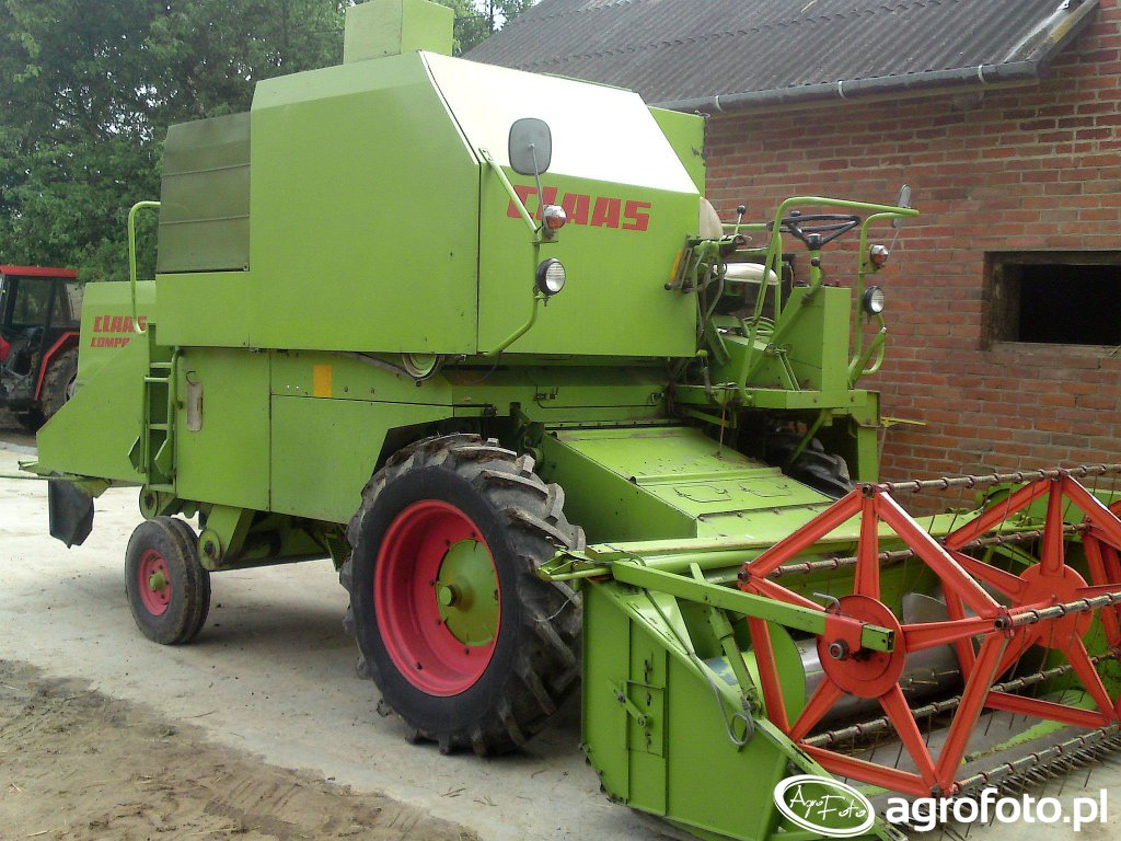 Claas compact 30