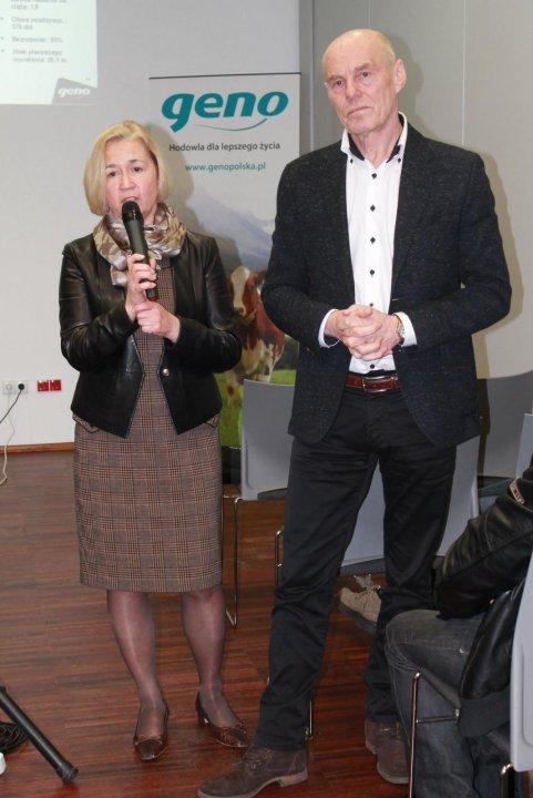 Aleksandra Buczkowska z Ambasady Królestwa Norwegii i Tor-Arne Sletmoen hodowca i dyrektor Geno.JPG