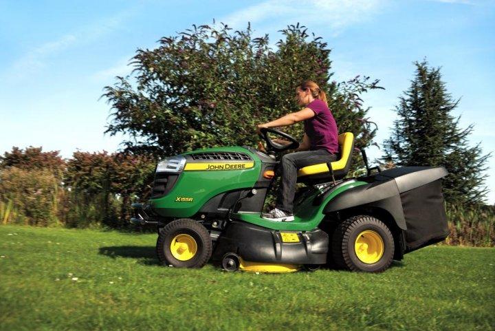 lawn_tractor_x155r_41.jpg