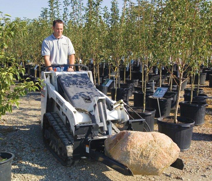 Bobcat-Mini-Tracked-Loader-MT55-Tree_Fork-Landscaping-55859_26995_060913.jpg