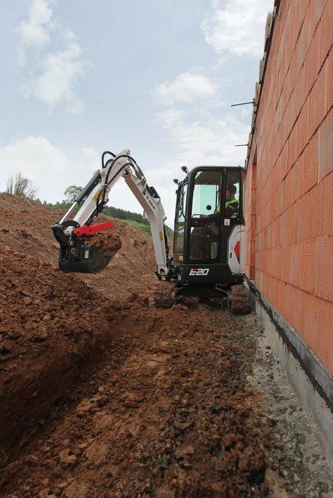 Bobcat-Excavator-E20_2.jpg