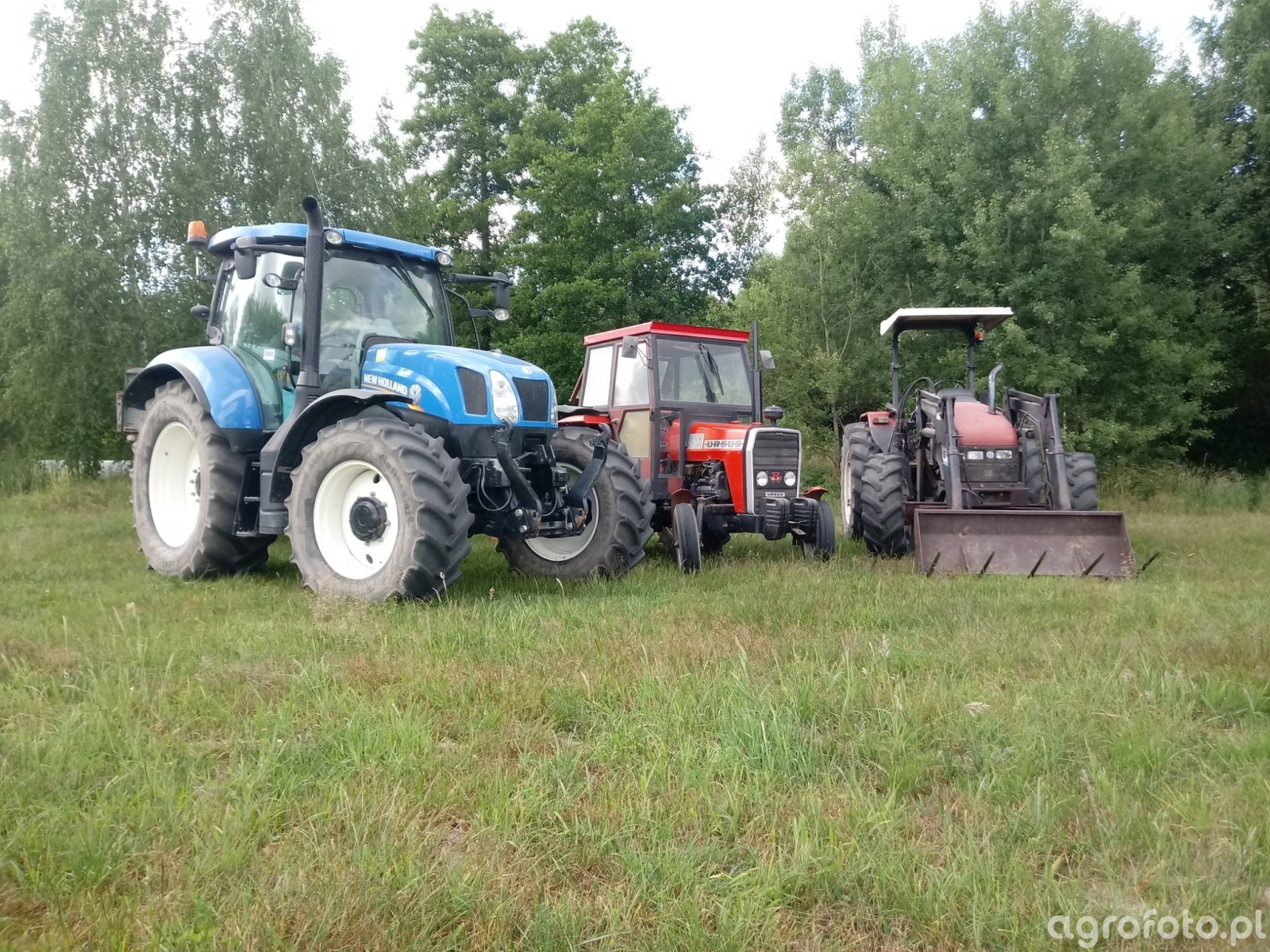 2x New Holland & Ursus