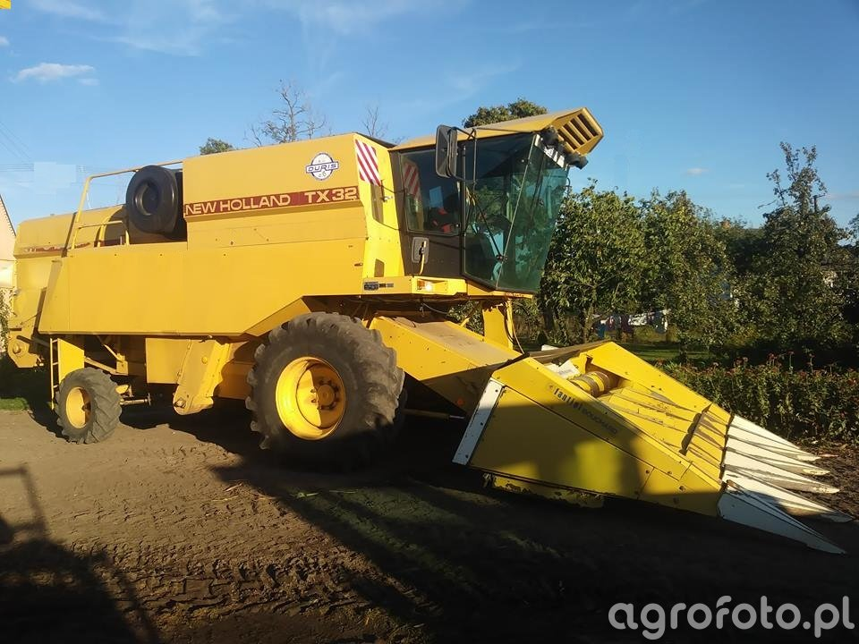 Nowy nabytek New holland TX 32