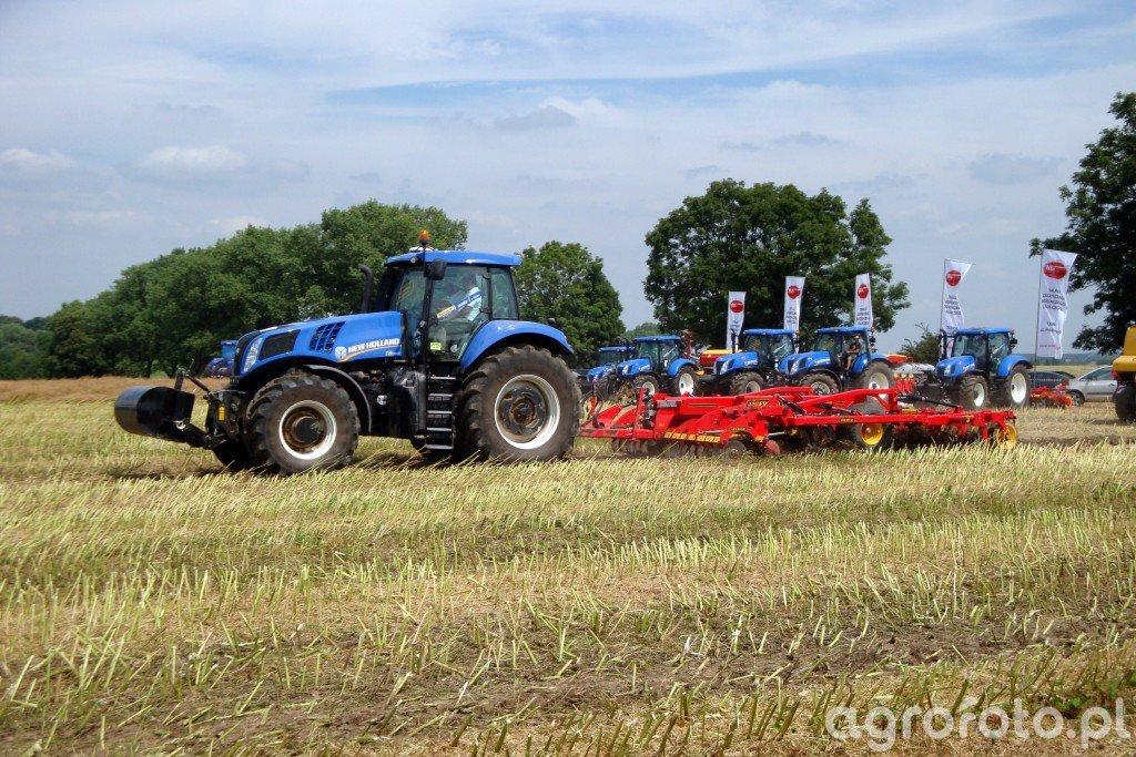 New Holland T8.390 + Vaderstad Topdown 400