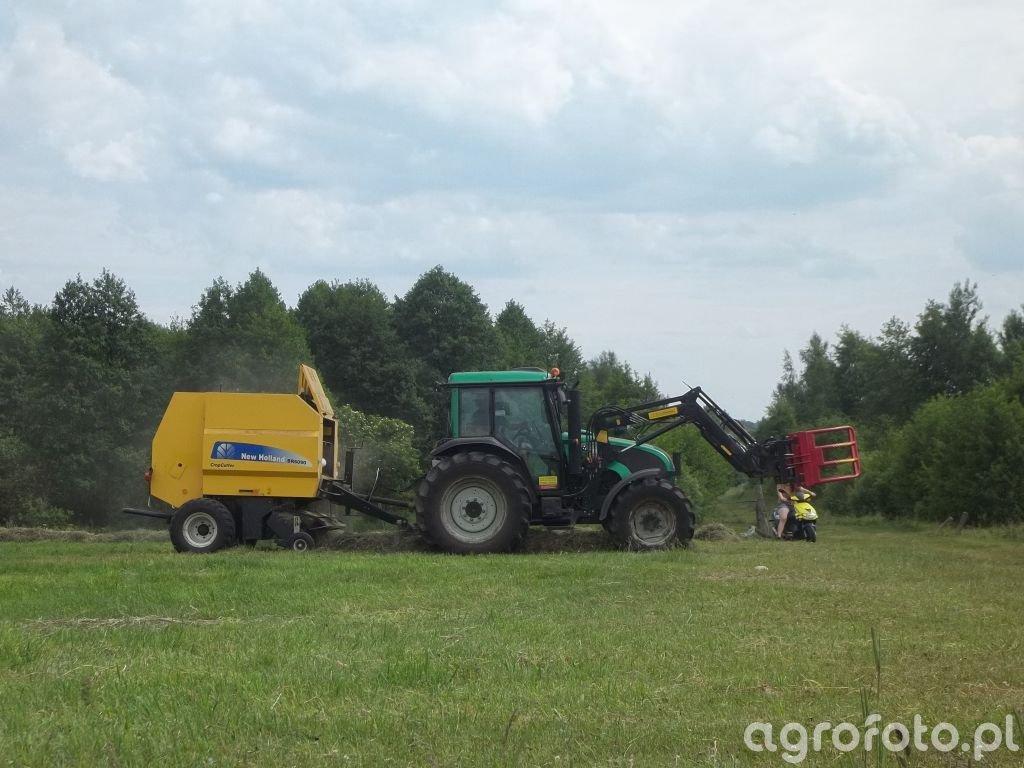 Valtra A83 & New Holland BR6090 CC