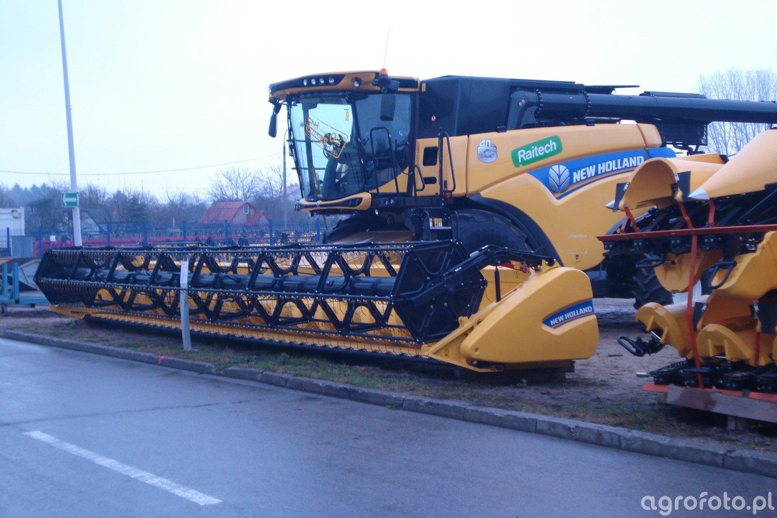 New Holland CR9.80