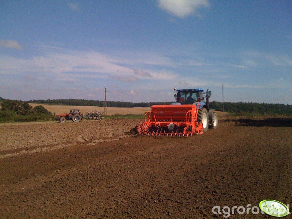 New Holland T6070 RC + Kuhn Combiliner