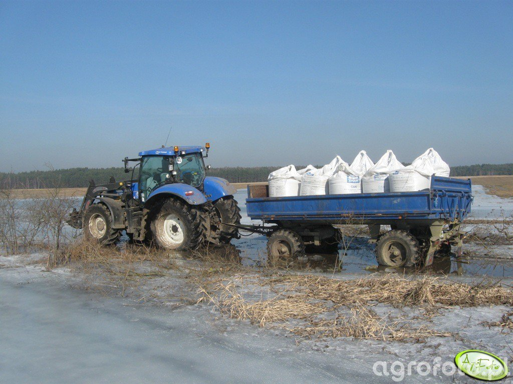 New Holland T6070PC + HW