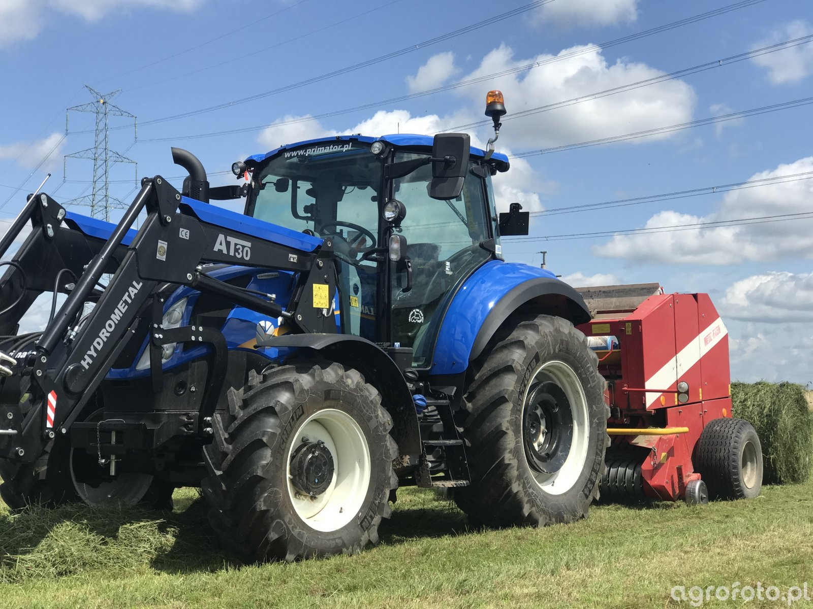 New holland T5 100
