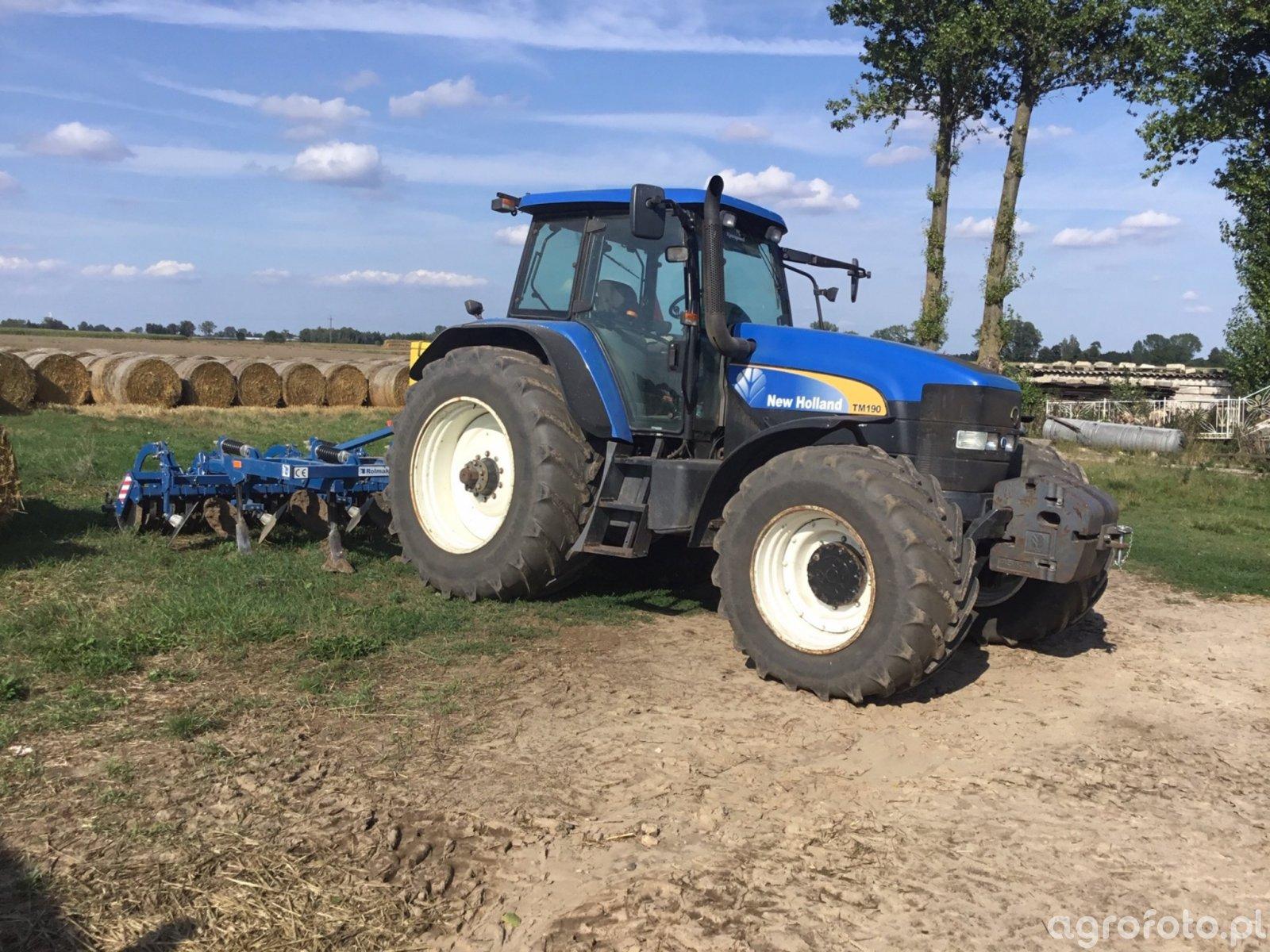 New Holland TM190 (wersja 230KM)
