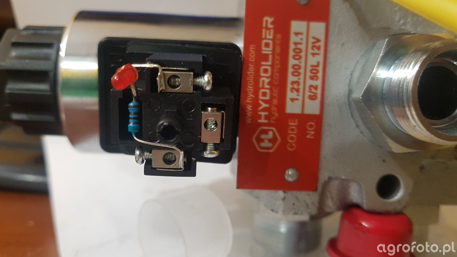 Dzielnik ciśnienia Hydrolider 6/2 50l/min