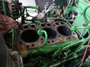 JD 5075E wymiana zestawu naprawczego