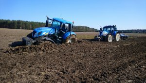 New Holland T7030	&T6080
