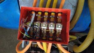 Przeróbka opryskiwacza - dołożenie elektrozaworów do sterowania sekcjami